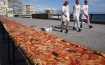 2km-long pizza
