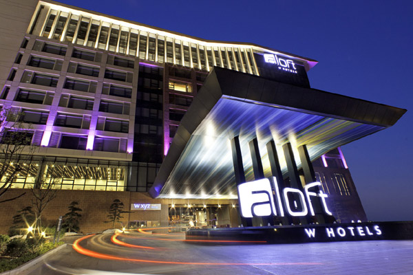 Starwood group signs four new hotels in dubai for The newest hotel in dubai