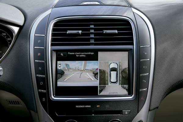 Lincoln Unveils New 360 Degree Camera Technology