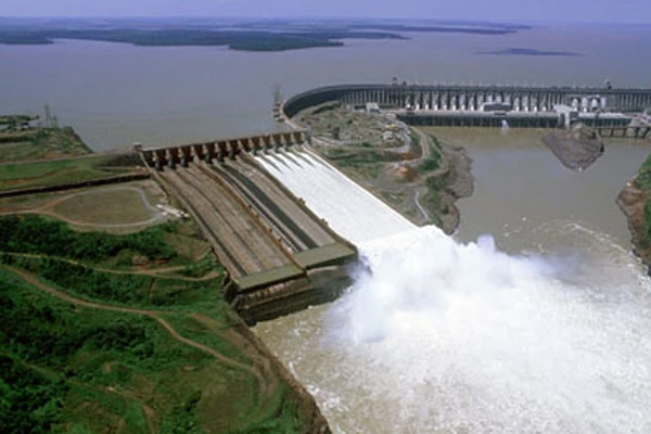 ore dam how tall