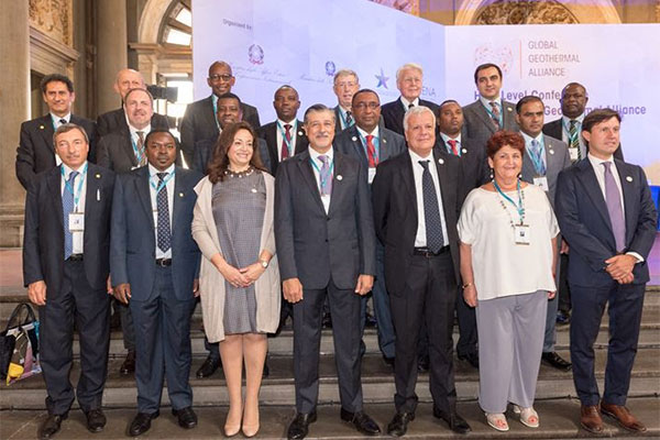 High level attendees agree terms of Florence Declaration<br>at milestone geothermal meeting.