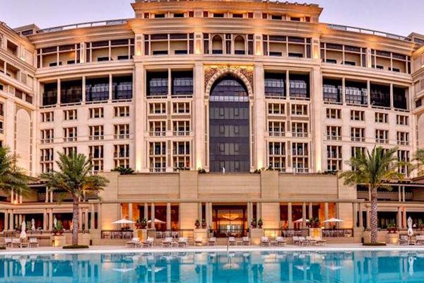 Palazzo versace dubai names new media partner for Dubai best hotel name