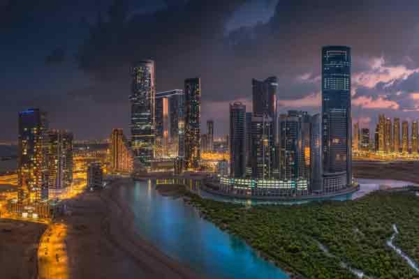 UAE free zones attract businesses